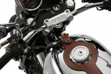Moto Guzz V7III Anniversario
