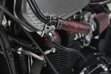 Triumph Bonneville Forty Handlebar | Rustom | CustomBIKE
