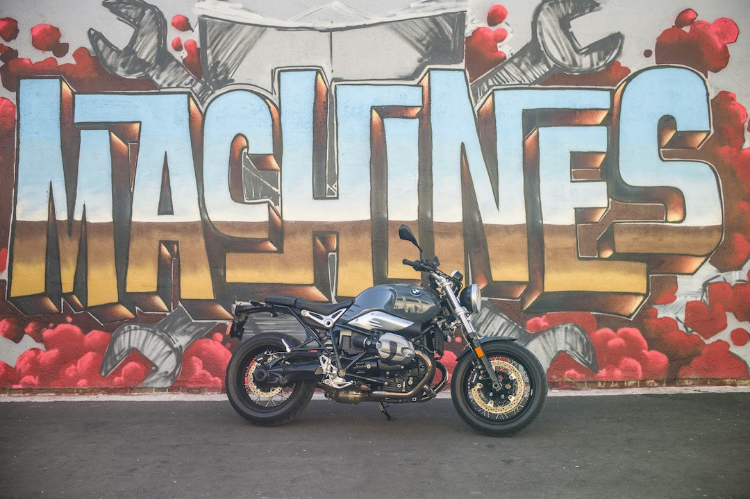 BMW r9T Pure at The House of Machines, LA - Street Art 'MACHINES'