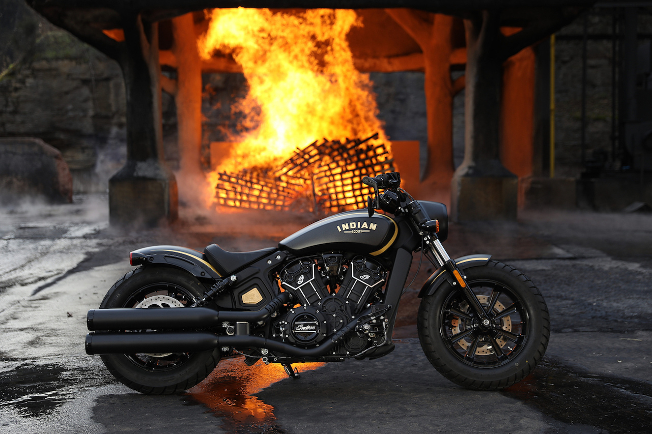 Indian Scout Bobber Custom Gold Black Jack Daniels Fire shot