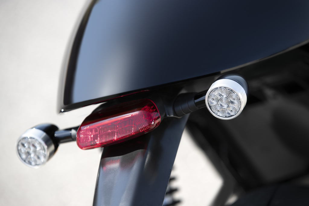 Triumph Thruxton RS Tail-light-removal