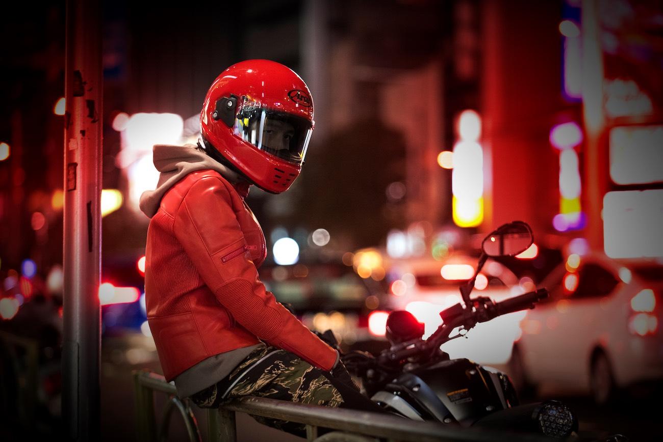 Arai Rapide Helmet - Rider wearing red
