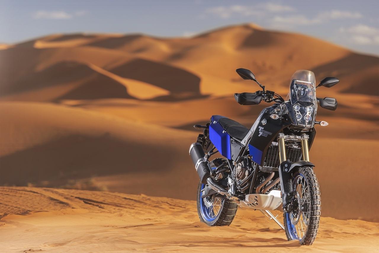 Front shot of Yamaha Ténéré 700 with desert backdrop